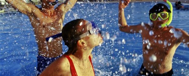 piscina scuba diver